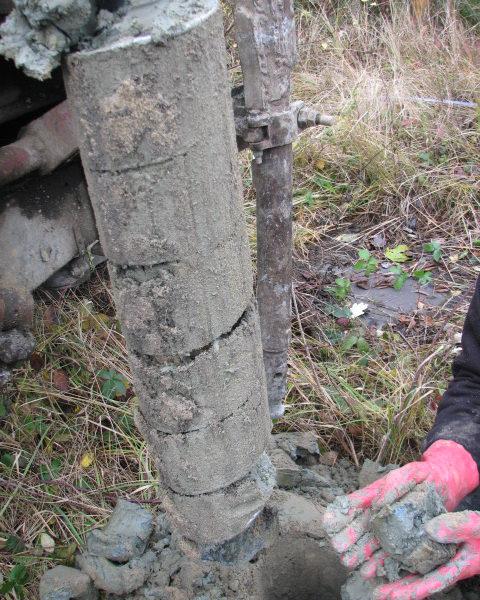 Malacky Kablo - vrtný prieskum znečistenia zemín
